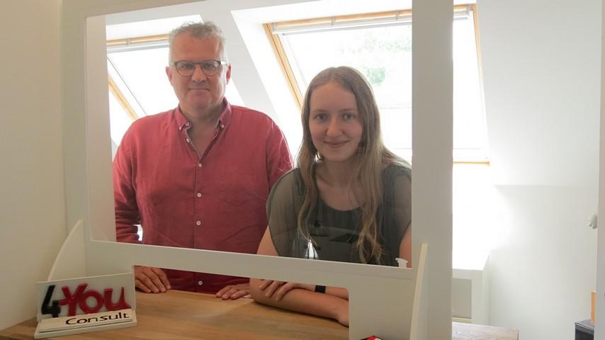 thumbnail-Vader en dochter 'doen' bijna 5 jaar samen de boeken