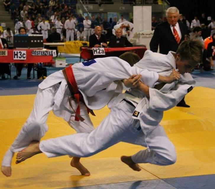 thumbnail-Ontwerp campagnebeeld voor BK judo in Tielt