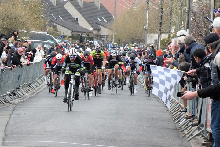 thumbnail-Start wielerseizoen voor amateurs en jeugd uitgesteld