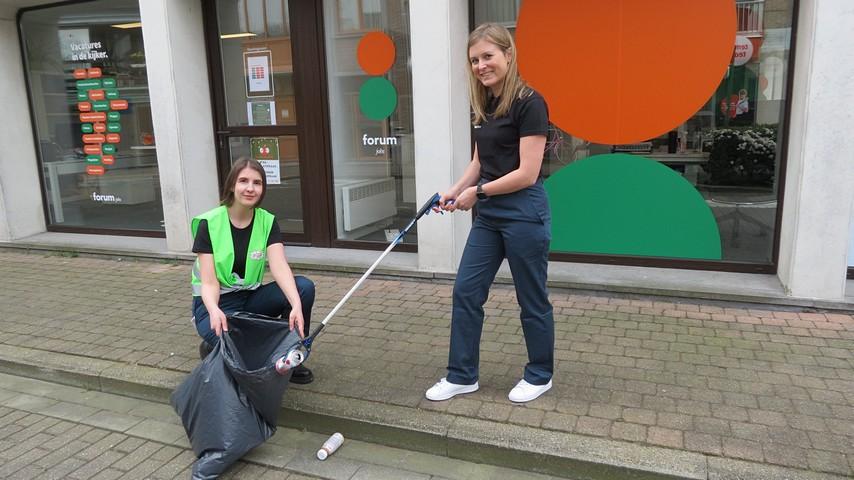 thumbnail-Laat het team van Forum Jobs jouw straat schoon maken!