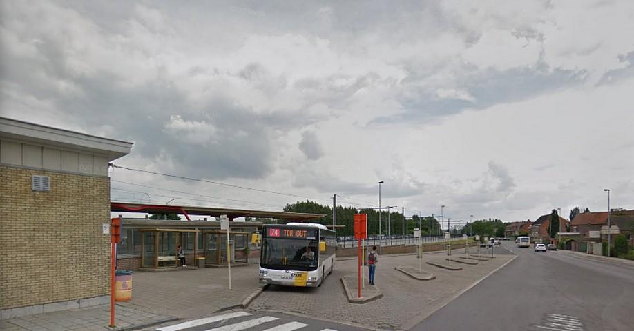 thumbnail-Extra rit De Lijn op buslijn 74