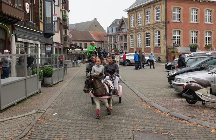 thumbnail-18de Paardenzegening met Sint-Hubertuswandeling
