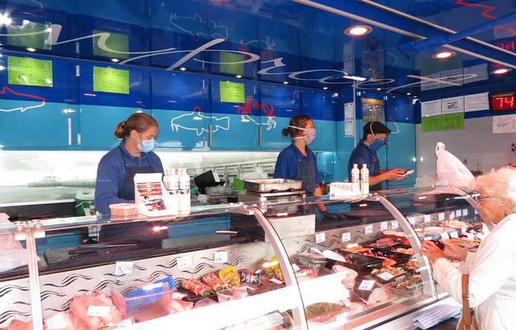 thumbnail-Vishandel Vanpraet op de markt