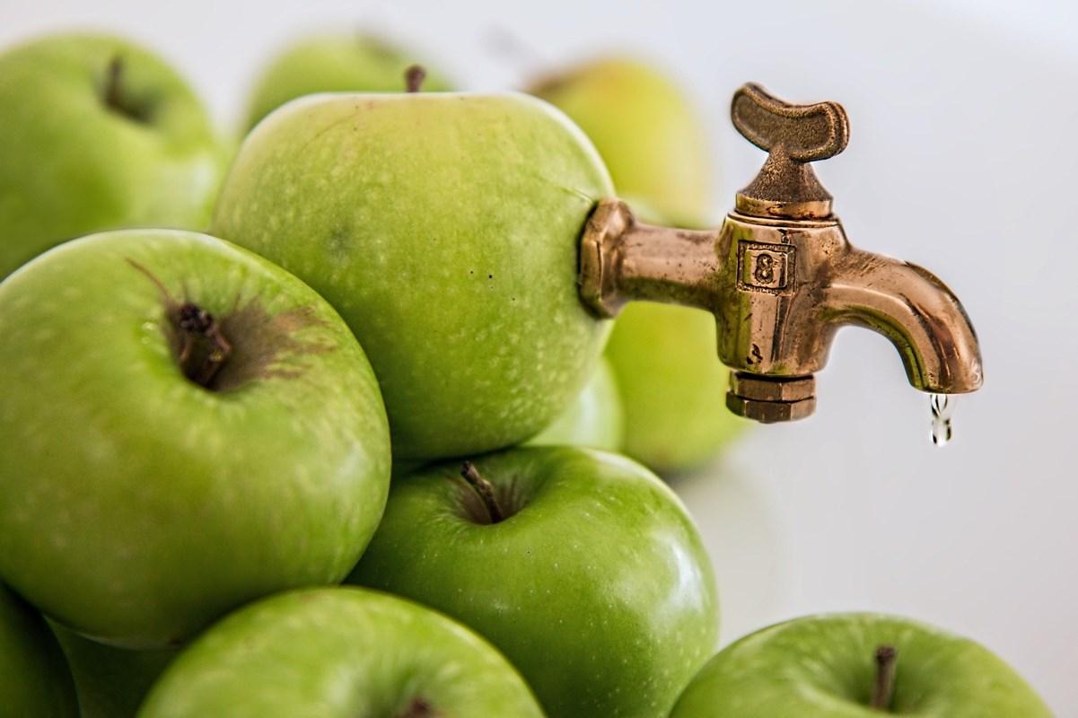 thumbnail-Laat je fruit persen in de Torhoutse Kinderboerderij op 24 september