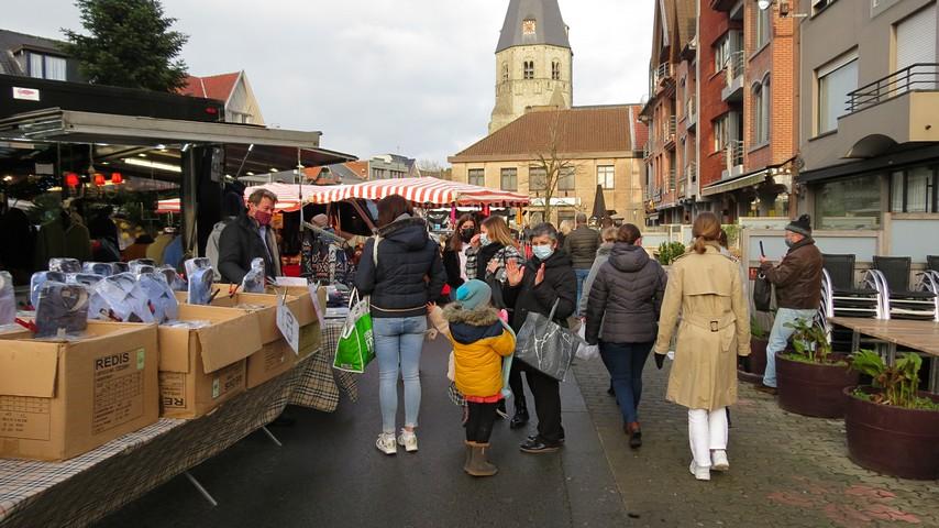 thumbnail-Drukke markt
