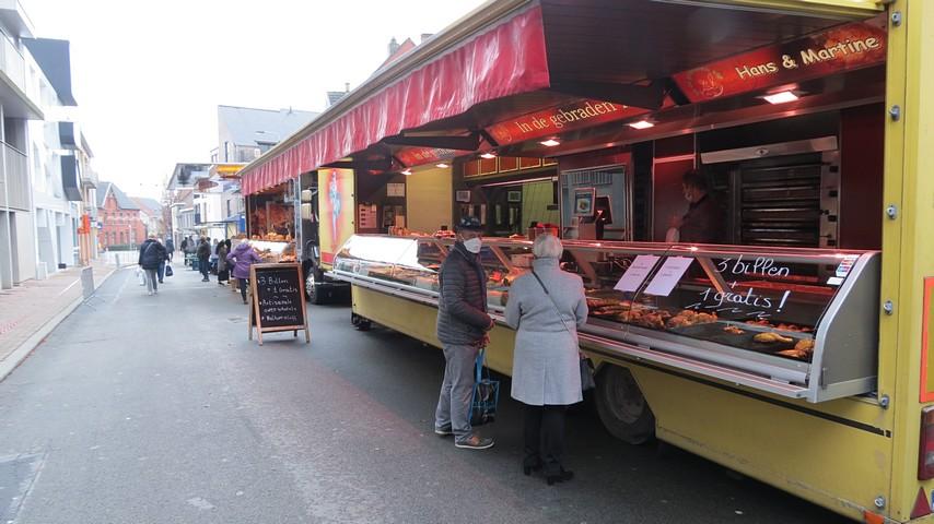 thumbnail-Marktkramen opnieuw in de Zuidstraat