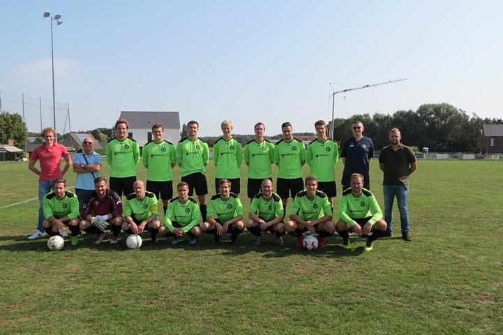 thumbnail-Ook voetbalcompetitie Amateursport ten einde
