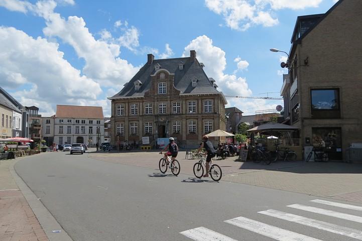 thumbnail-Coronacijfers Torhout
